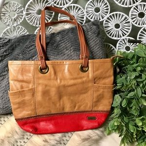 The Sak genuine leather zipper tote & side pockets